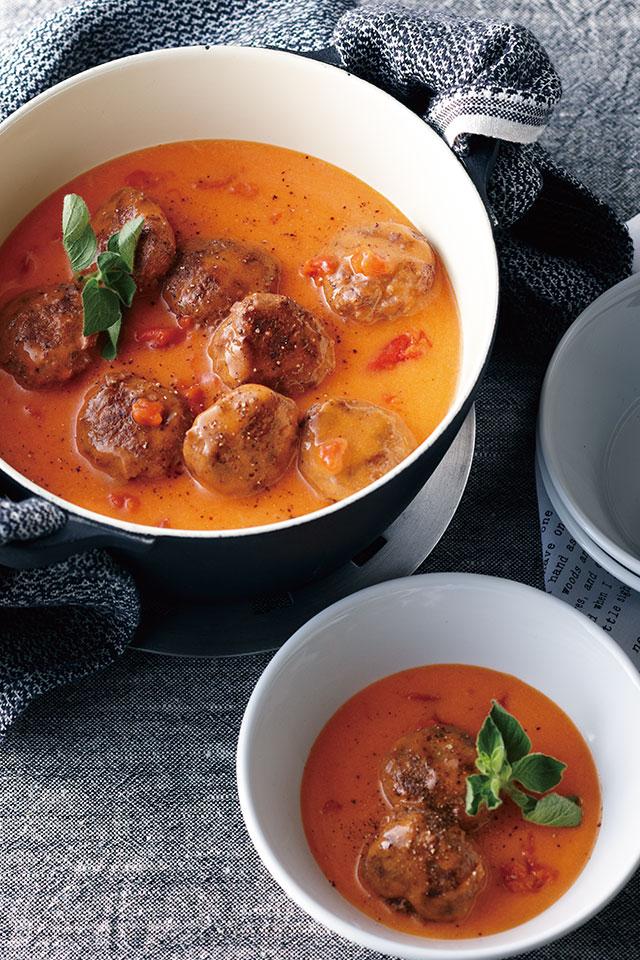 ボール 煮 ミート トマト